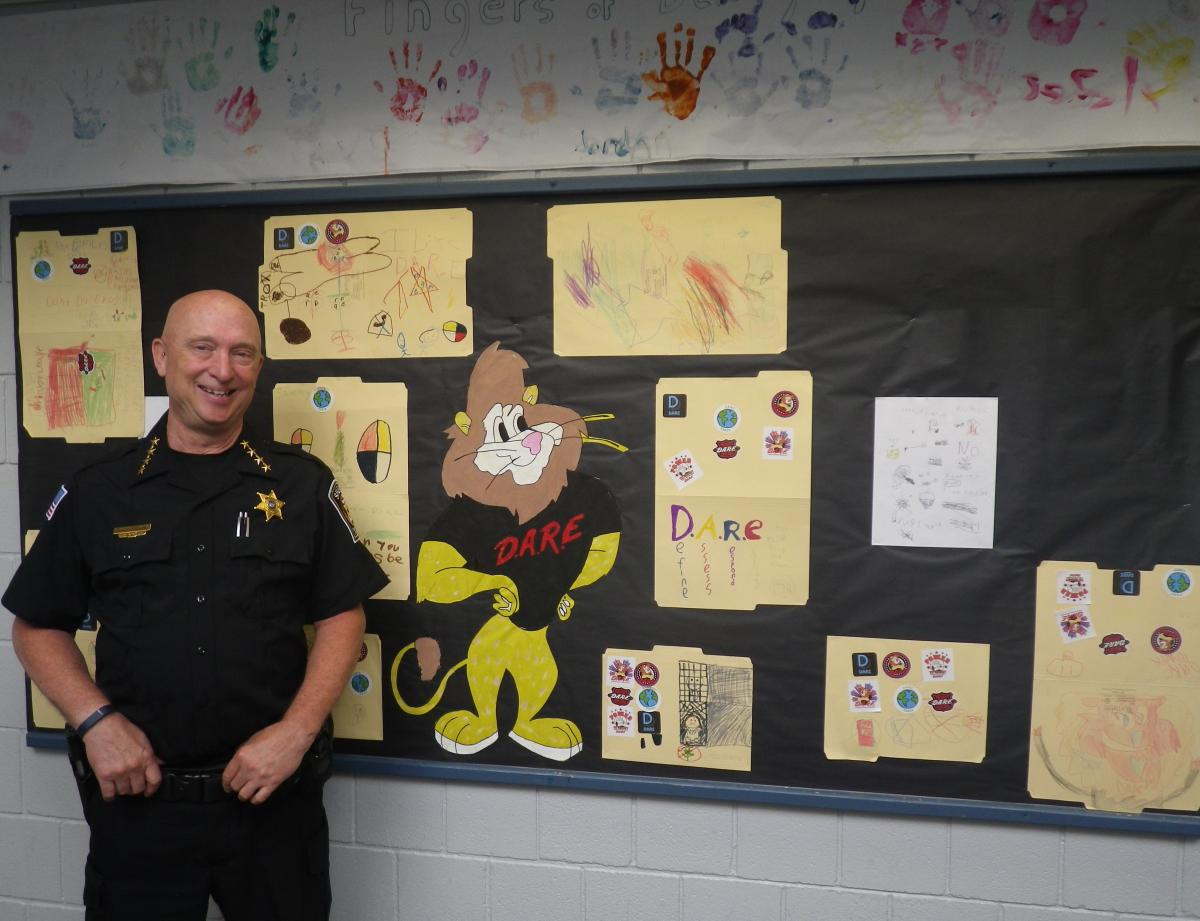 Sheriff Lansing Newfield D.A.R.E program