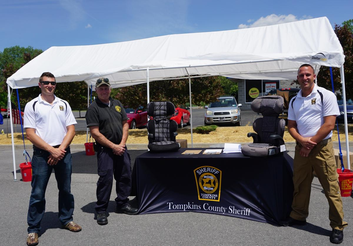 Child Safety Seat Checkpoint at Monro Muffler